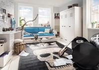 Einzelbett mit Rollschubkästen